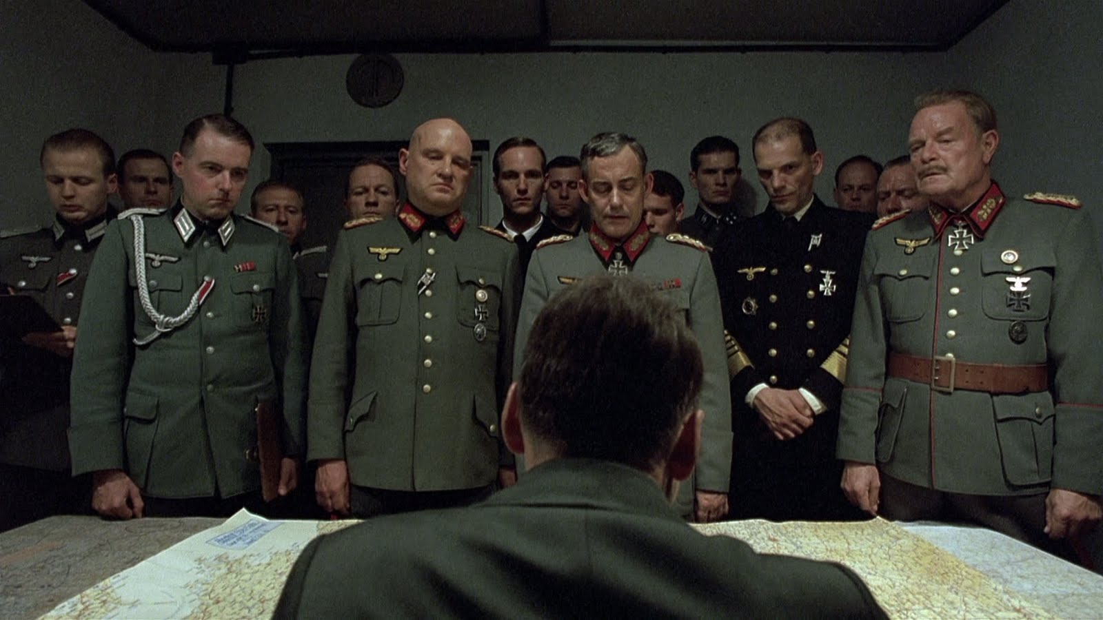 تصویری از فیلم سقوط